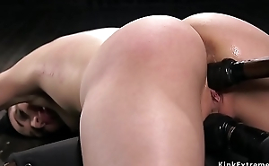 Hot ass brunette pussy fucked in device